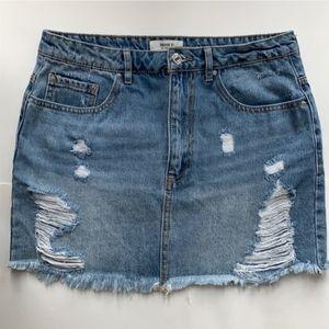 Forever 21 Distressed Denim Skirt Size 29